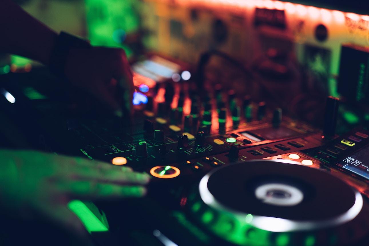 DJs | Passion Radio UK